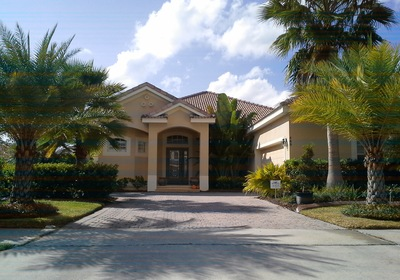 Carlos Just Listed 460 Luna Bella Lane!