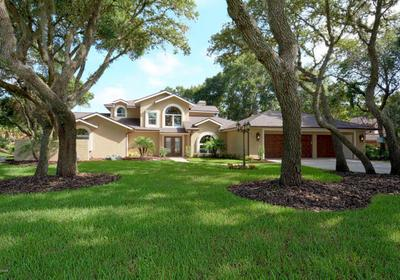 Custom Home SOLD in Spruce Creek Fly-in
