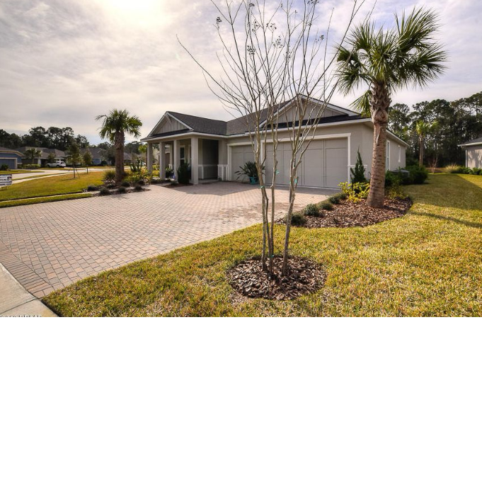 Lake/Pond Home For Sale in Ormond Beach